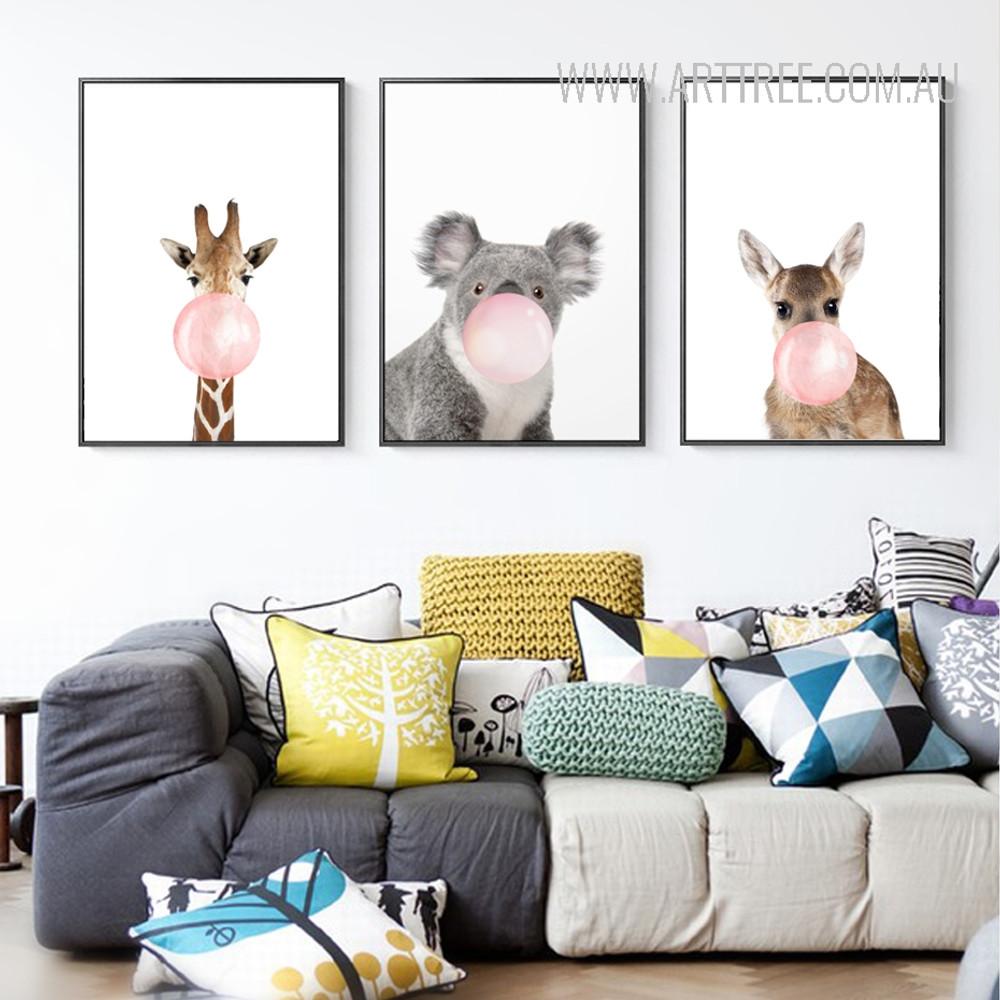Lovely Giraffe Koala Pes Kangaroo Animals Blowing Bubbles 3 Piece Canvas Prints