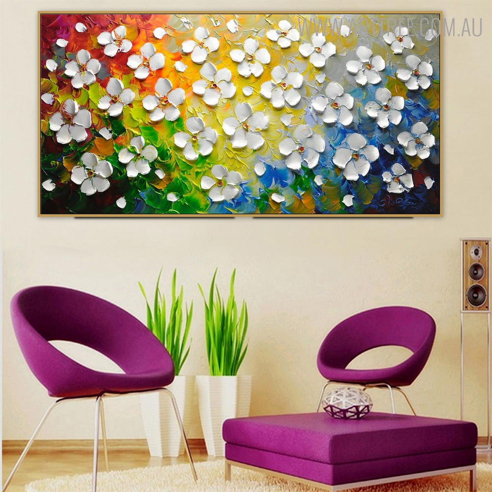 Catharanthus Roseus Floral Heavy Texture Knife Portrayal for Lounge Room Wall Outfit