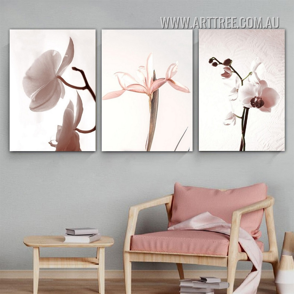 Daffodils Bud Flowers Floral Minimalist Modern 3 Panel Painting Photograph Framed Canvas Print for Room Wall Embellishment