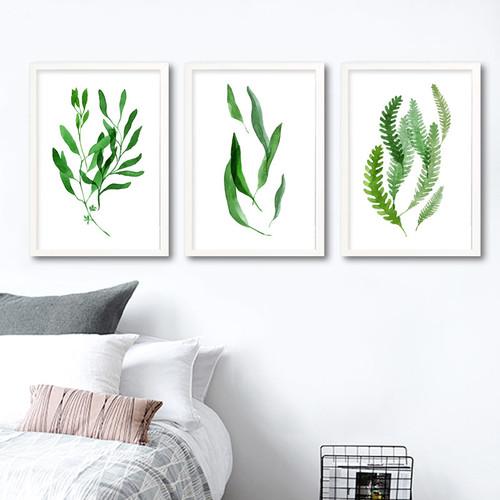 Minimalist Natural Green Leaf Set Digital Print