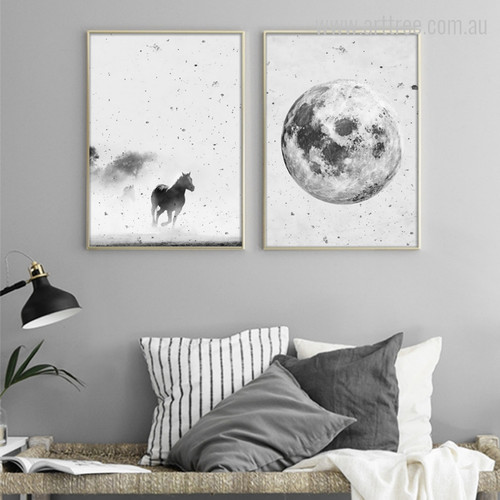 Minimal Horse Animal and Planet Wall Decor
