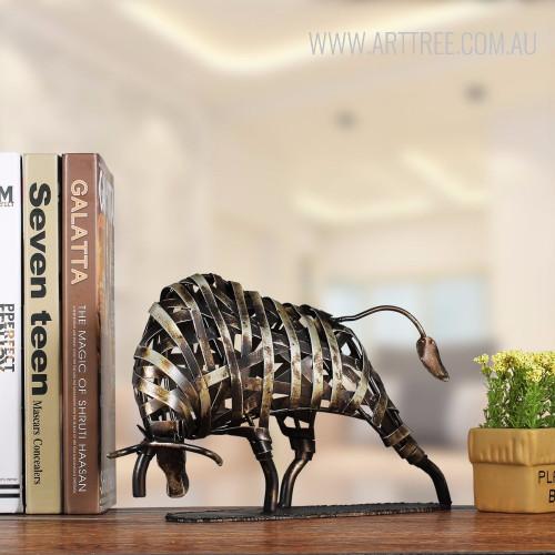 Braided Cattle Iron Metal Sculpture Figurine