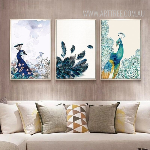Beautiful Peacock Bird Feathers Wall Decor