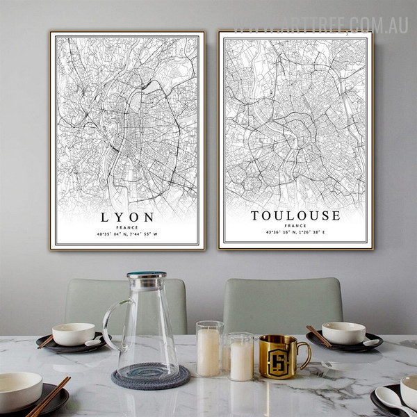Toulouse Map 2 Piece Abstract Vintage Art Pic Canvas Print for Room Wall Flourish
