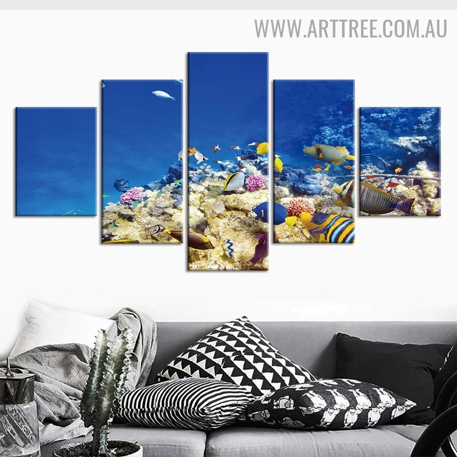 Colourful Fishes Water Animal Seascape Modern 5 Piece Split Art Image Canvas Print for Room Wall Outfit