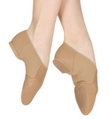 Bloch's specially developed soft, strong leather jazz shoe.  Features  Made from Bloch's specially developed soft, strong leather Split sole with EVA forefoot and heel pads and a neoprene insert to hug the curve of the arch This shoe won't crease when pointed and offers support for the arch Fabric  Leather, Neoprene Sizing Information & Suggestions  Start with 1 full size up from street shoe.