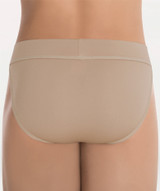 """MicroTECH™: Microfiber Polyester / Spandex  Full seat support dance belt has a soft, extra padded, smooth look seamless comfortable polyfill pouch that has wicking properties. using extra soft nylon thread ensures comfort and features a self covered 2"""" comfortable elastic band with binding edge trim. • invisible under tights • ultra comfort fit • soft, smooth seams • plush supportive wide elastic waistband • padded three layer technology • supportive firm stretch • pouch shapes, supports, smooths • easy care  Size:      Waist: 24""""-26""""  (66-66.5 cm) 26""""-28""""  (66.5-71 cm) 28""""-30""""  (71-76 cm) 30""""-32""""  (76-81 cm) 32""""-34""""  (81-86 cm) 34""""-36""""  (86-91.5 cm)"""