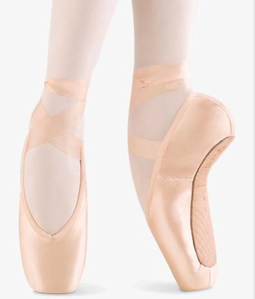 Aspiration Pointe Shoe Girl's Size 13.5 C