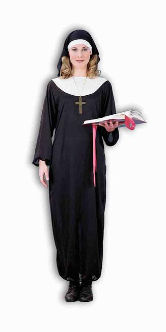 Nun Robe and Headpiece