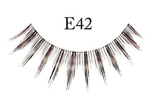 E42 Black Eyelashes Natural