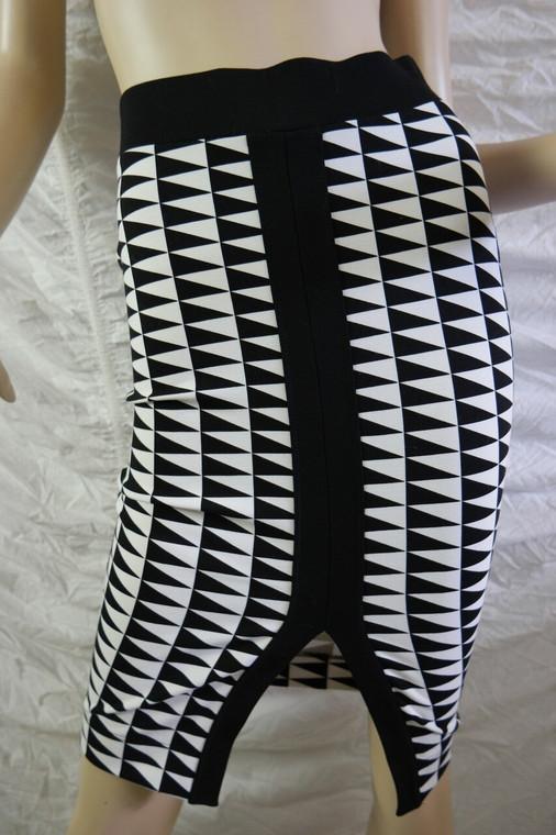 WITCHERY black white aztec geometric print front split tube skirt size 6 BNWT front view
