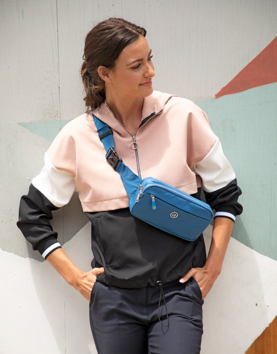 Waist Bag - Gateway Waist Bag Model Blue Light