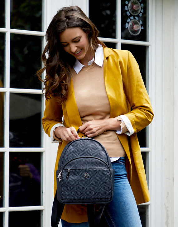 Backpack - Sesame Backpack Model Black Lines