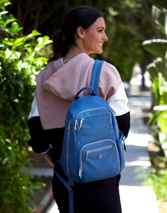 Backpack - Lilou Backpack Model Live Blue