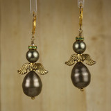 Bamboo Center View - Dark Green Imitation and Cultured Pearl Angels on Gold Plate Earwires ((0094)