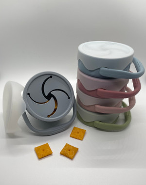 Collapsible No-Spill Snack Cup