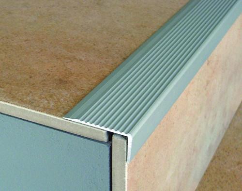 Aluminium Stair Nosing For Laminate,Carpet,Tile & Lino-2.7m