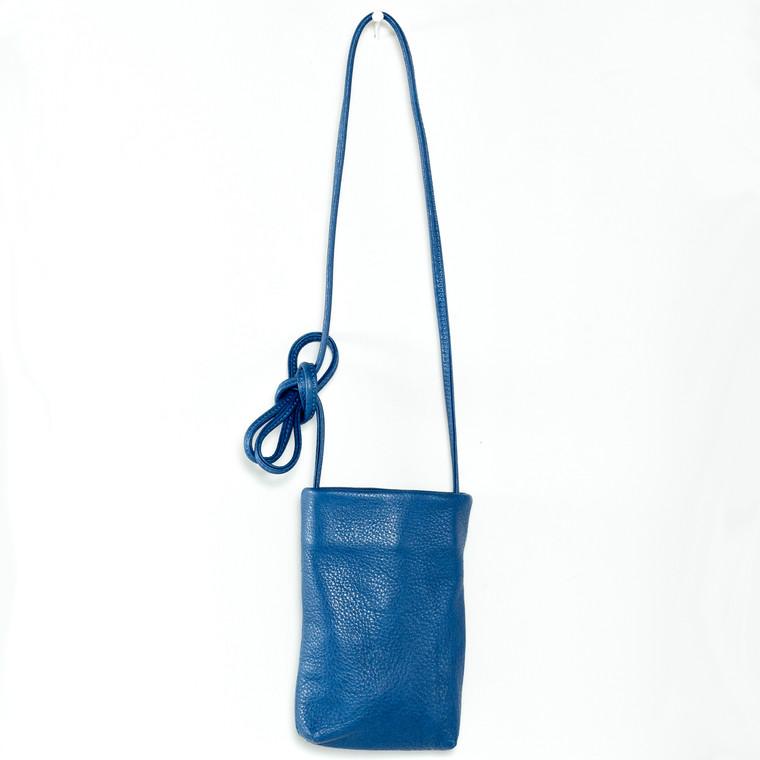 Color shown in SAILOR BLUE