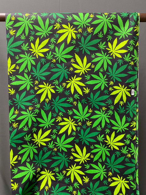 African Print #R4 Buds
