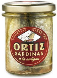 Ortiz Sardines in Olive Oil A La Antigua 'Old Style' Tarro Cristal Jar 190g