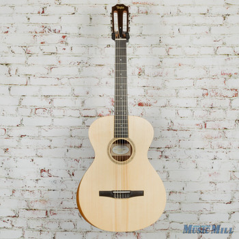 Taylor Academy A12-N Grand Concert Nylon Acoustic Guitar Natural