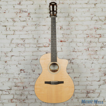 Taylor 114ce-N Nylon String Limited Edition Ovangkol Natural.