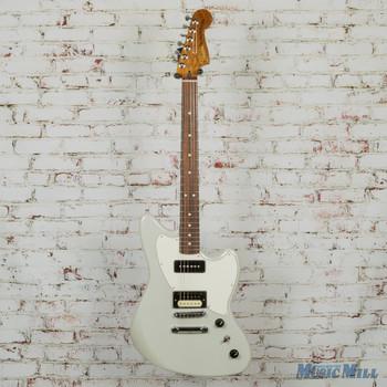 Fender Alternate Reality Powercaster Pau Ferro White Opal