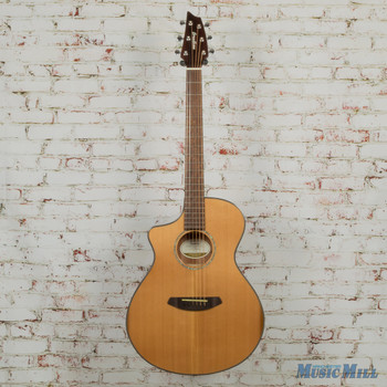 2017 Breedlove Pursuit Concert CE LH Acoustic Electric Guitar Natural