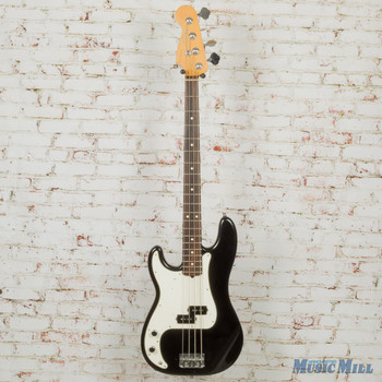 Fender Guitars Authorized Dealder - Manchester Music Mill