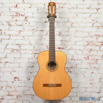 '60s Goya G17 Classical Acoustic Guitar Spruce/Mahogany w/Case (USED)