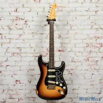 Fender Stevie Ray Vaughan Signature Stratocaster® Relic®, Rosewood Fingerboard, Faded 3-Color Sunburst x3951