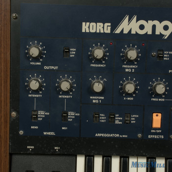 Vintage 80's Korg Mono/Poly Synthesizer (USED)