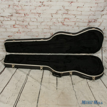 Molded Fender Hard Shell Bass Case Black (USED)