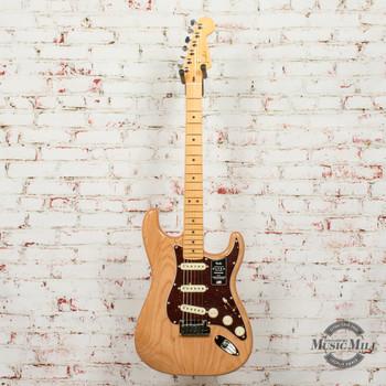 Fender American Ultra Stratocaster® Electric Guitar, Maple Fingerboard, Mocha Burst x4799