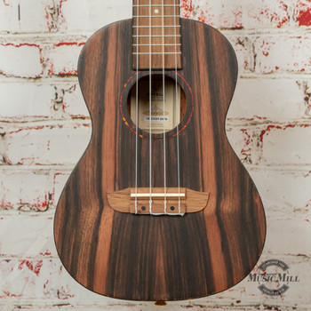 Ortega Timber Series RUEB-CC Concert Ukulele Striped Ebony x1BWN