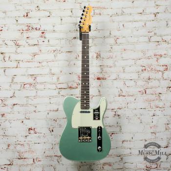 Fender American Professional II Telecaster®, Rosewood Fingerboard, Mystic Surf Green x3942