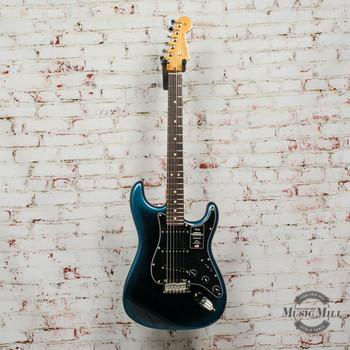 Fender American Professional II Stratocaster®, Rosewood Fingerboard, Dark Night x7603