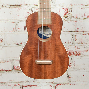 Fender Seaside Soprano Ukulele, Walnut Fingerboard, Natural - Demo - CYN1925465