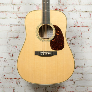 Martin Custom Shop D size 14 fret Acoustic Guitar with Wildgrain Rosewood Back and Sides, Thin Finish, Scalloped Bracing, x1784