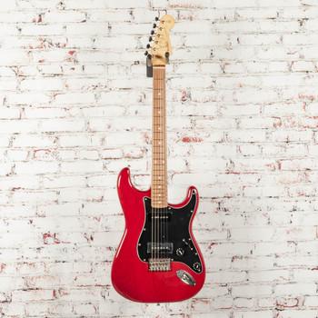 Fender Noventa Stratocaster®, Pau Ferro Fingerboard, Crimson Red Transparent x1494