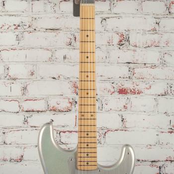 Fender H.E.R. Stratocaster®, Maple Fingerboard, Chrome Glow x8980