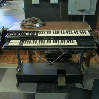 Hammond Porta-B Organ For Parts x2346 (USED)