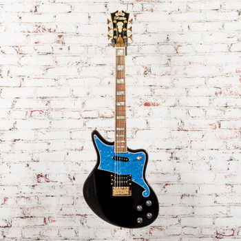 D'Angelico B-Stock Deluxe Bedford Tremolo Electric Guitar - Black (Blue Pickguard) x3574