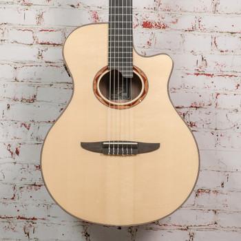 Yamaha B-Stock NTX5 Acoustic-Electric Classical Guitar Natural x568A
