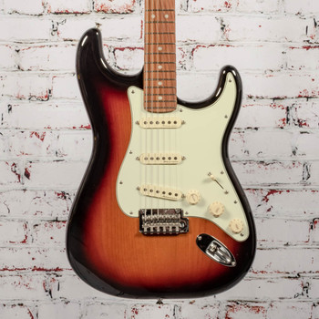 Fender Deluxe Roadhouse Strat Electric Guitar 3-Color Sunburst x4895