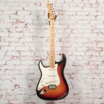 Fender 2016 American Standard Stratocaster® Left-Handed, Maple Fingerboard, 3-Color Sunburst x8697 (USED)