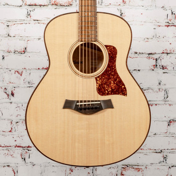 Taylor Grand Theater Urban Ash/Spruce Acoustic Guitar x1001