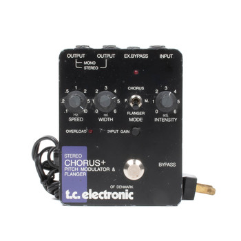 T.C. Electronic of Denmark P210 Stereo Chorus+ Pitch Modulator & Flanger (USED) x3687