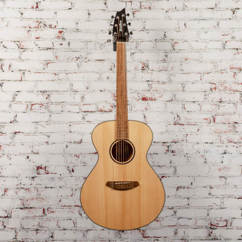 Breedlove B-Stock Discovery S Concert Sitka-African Mahogany x3753