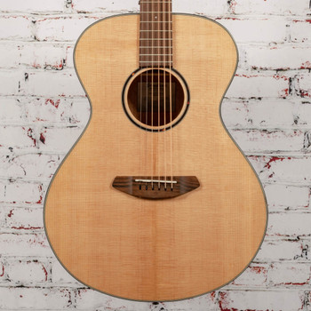 Breedlove B-Stock Discovery S Concert LH Sitka-African Mahogany Lefty x5872